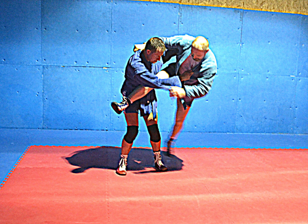 Sambo Scissors Take Down
